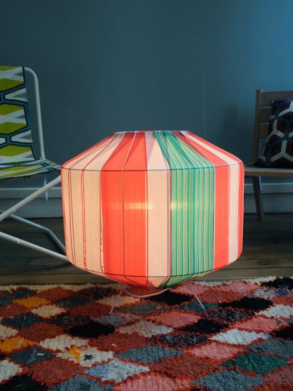 bunte lampenschirme colorful lampshades. Black Bedroom Furniture Sets. Home Design Ideas