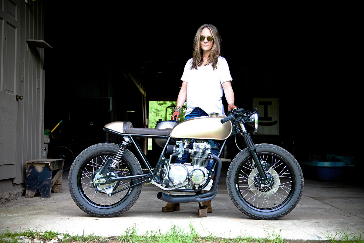 Paula Dean Honda Cb550 Cafe Racer Return Of The Cafe