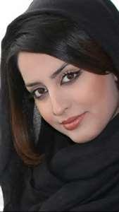 IRANIAN BEAUTIFUL HOT LOOKING GIRL PICS