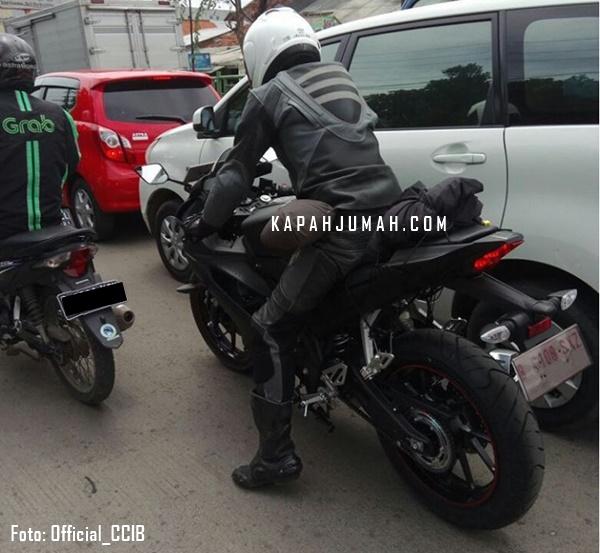 Penampakan Yamaha R15 Facelift Sedang dites Jalanan
