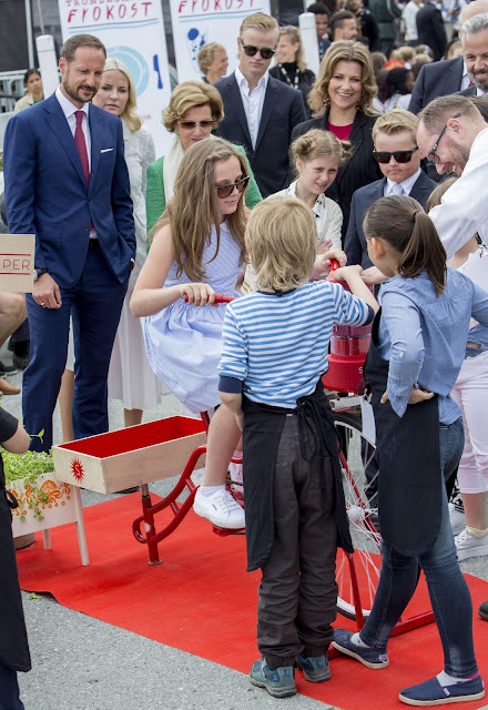 King Harald and Queen Sonja, Princess Martha Louise, Crown Prince Haakon, Crown Princess Mette-Marit, Princess Ingrid Alexandra, Prince Sverre Magnus, Marius Borg Høiby, Princess Astrid and Mrs. Ferner