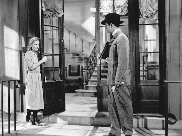 Joan Fontaine and Louis Jourdan in Letter from an Unknown Woman (1948)