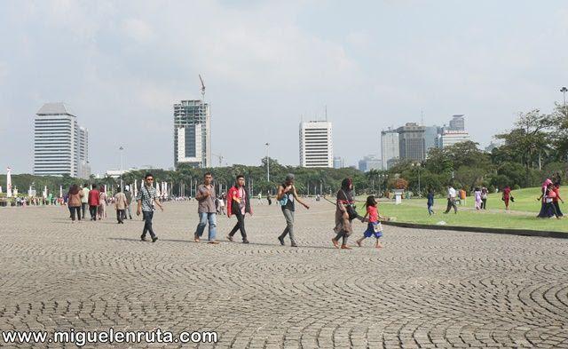 Plaza-Merdeka-Yakarta