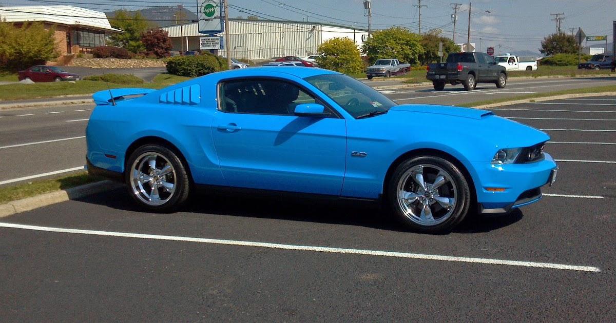 2011 grabber blue ford mustang gt 5 0 for sale american muscle cars. Black Bedroom Furniture Sets. Home Design Ideas