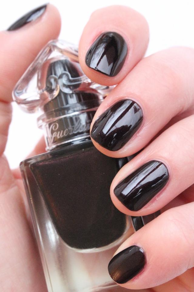 Guerlain La Petite Robe Noire The Nail Polish 007 Black Perfecto