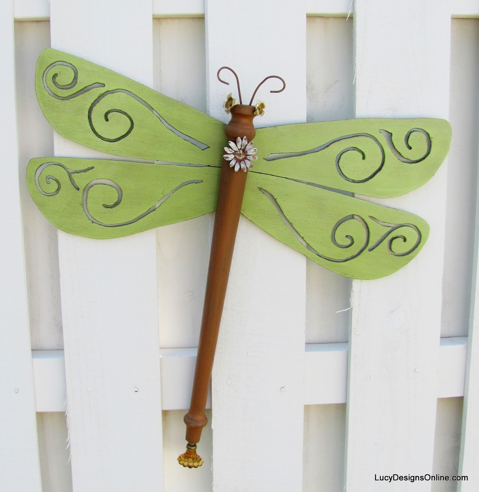 green art dragonfly