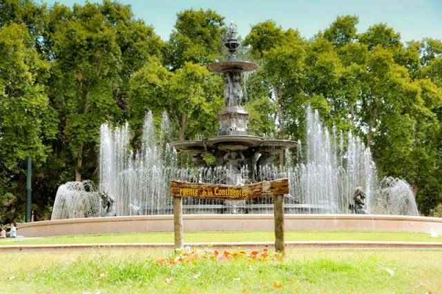 Fuente de los Continentes em Mendoza, Argentina