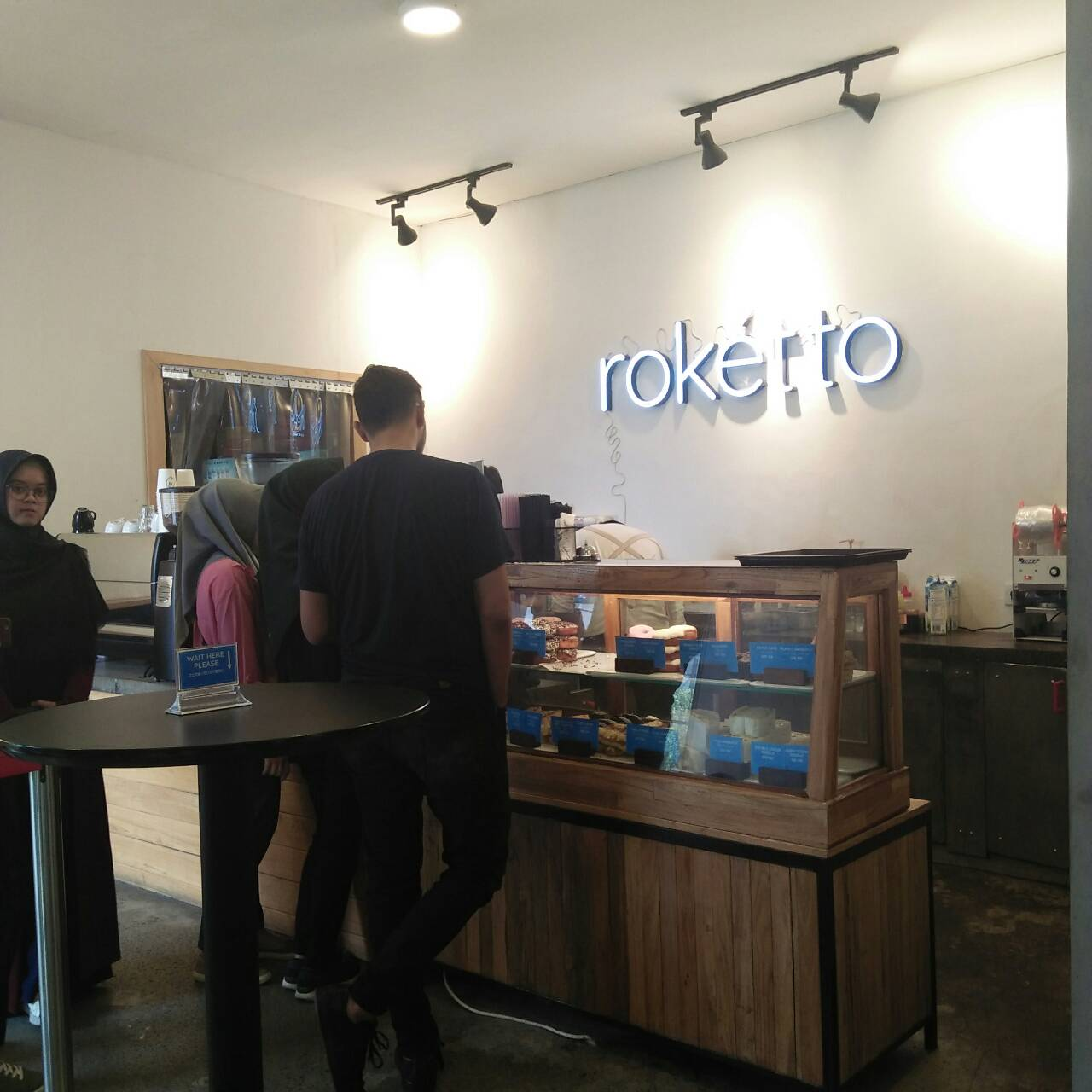 Review Roketto Coffee Co