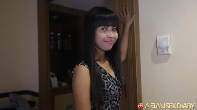 Asian Sex Diary - Micha (Batam)