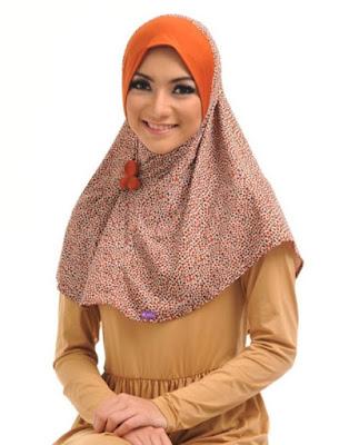 contoh model hijab simple dan praktis 2