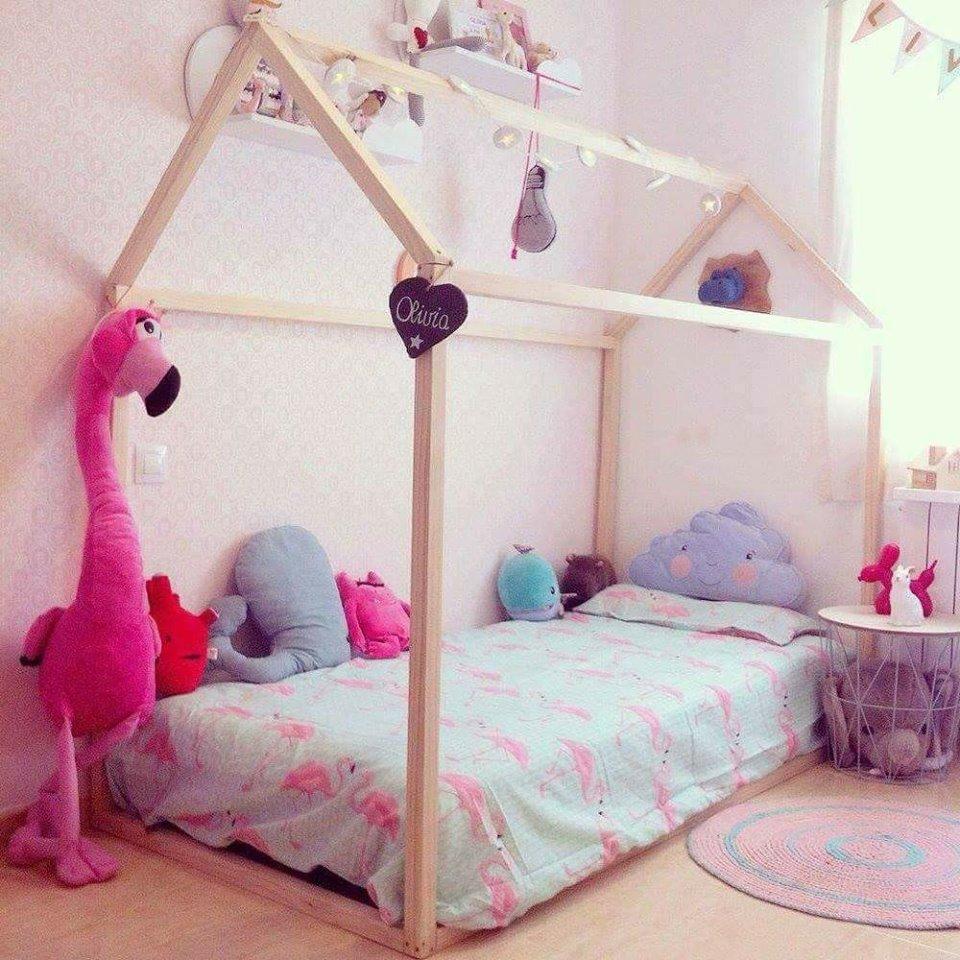 Camas para beb s en forma de casa construccion y - Camas de bebes ...