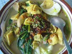 Kuliner Indonesia - Rujak Soto