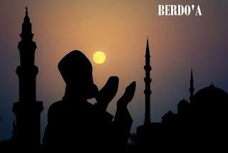 Ajarkan Anak Berdo'a - 10 (Sepuluh) Do'a Harian Terlengkap Dan Artinya