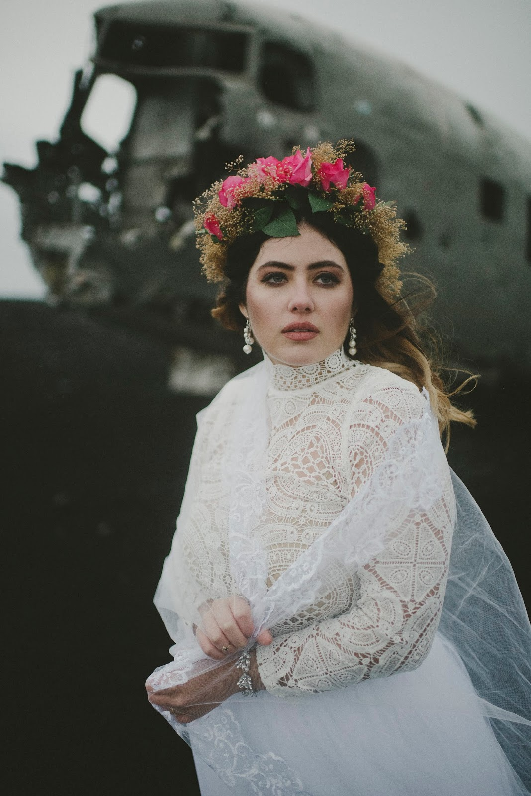 Vík, Iceland, plane, crash, map, wedding, elopement, bridal, portrait