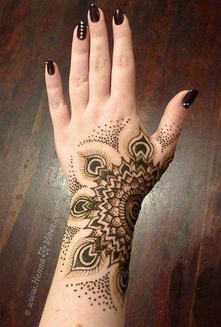 Mehndi Peacock Patterns : Best peacock henna mehndi designs bling sparkle