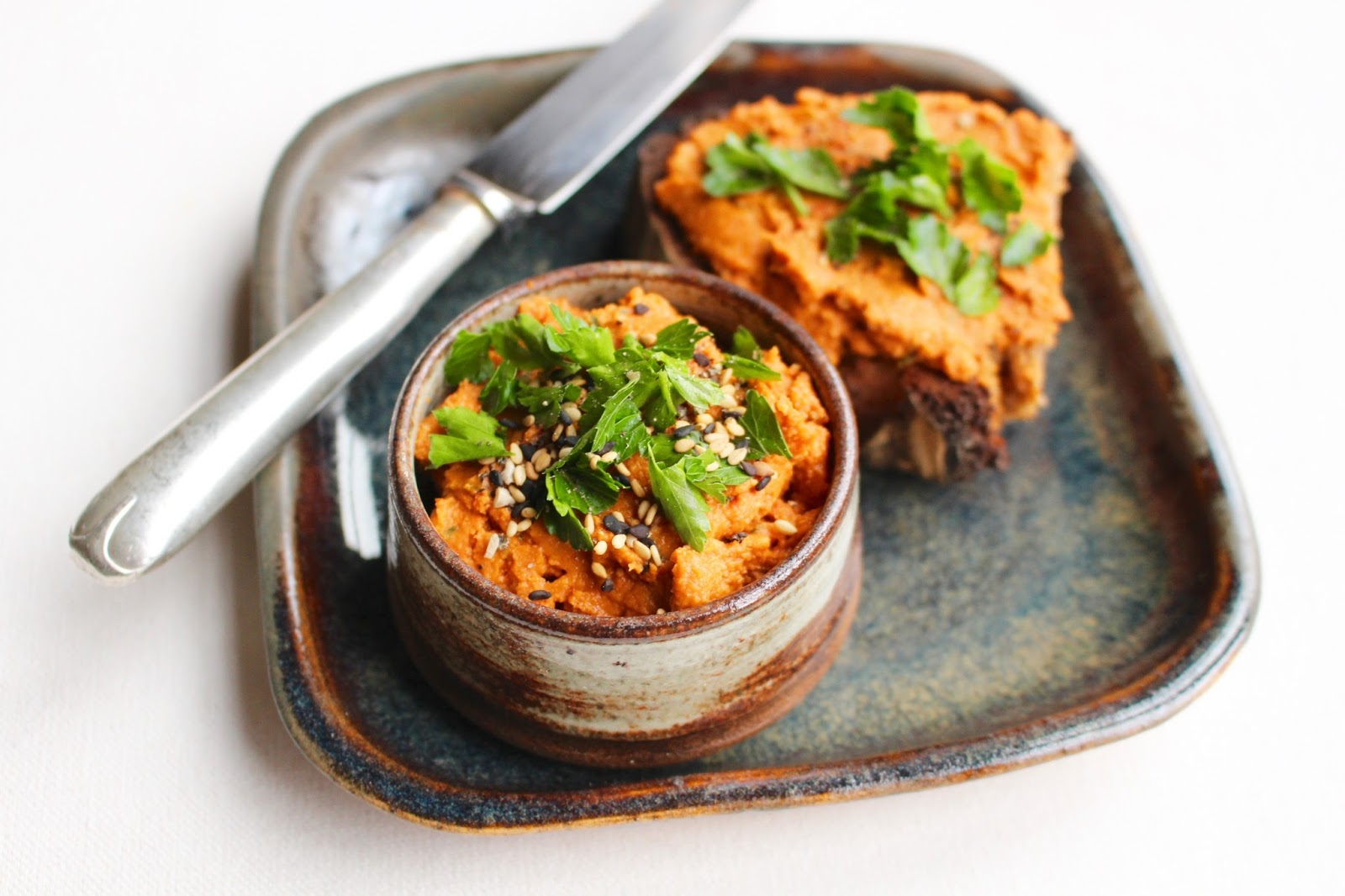 Red hummus recipe
