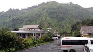 http://www.bromomalang.com/2015/09/hotel-nadia-gunung-bromo.html