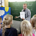 More English must be taught in French primary schools, government says