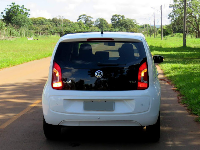 volkswagen up tabela de fevereiro traz eleva o de pre os car blog br. Black Bedroom Furniture Sets. Home Design Ideas
