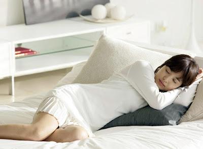 Mau Bangun Pagi Terlihat Lebih Fresh? Lakukan 6 Hal Ini Sebelum Tidur.