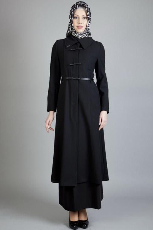 model IGO konsep foto hijab dalam ruangan dengan tips sederhana ligthing celana