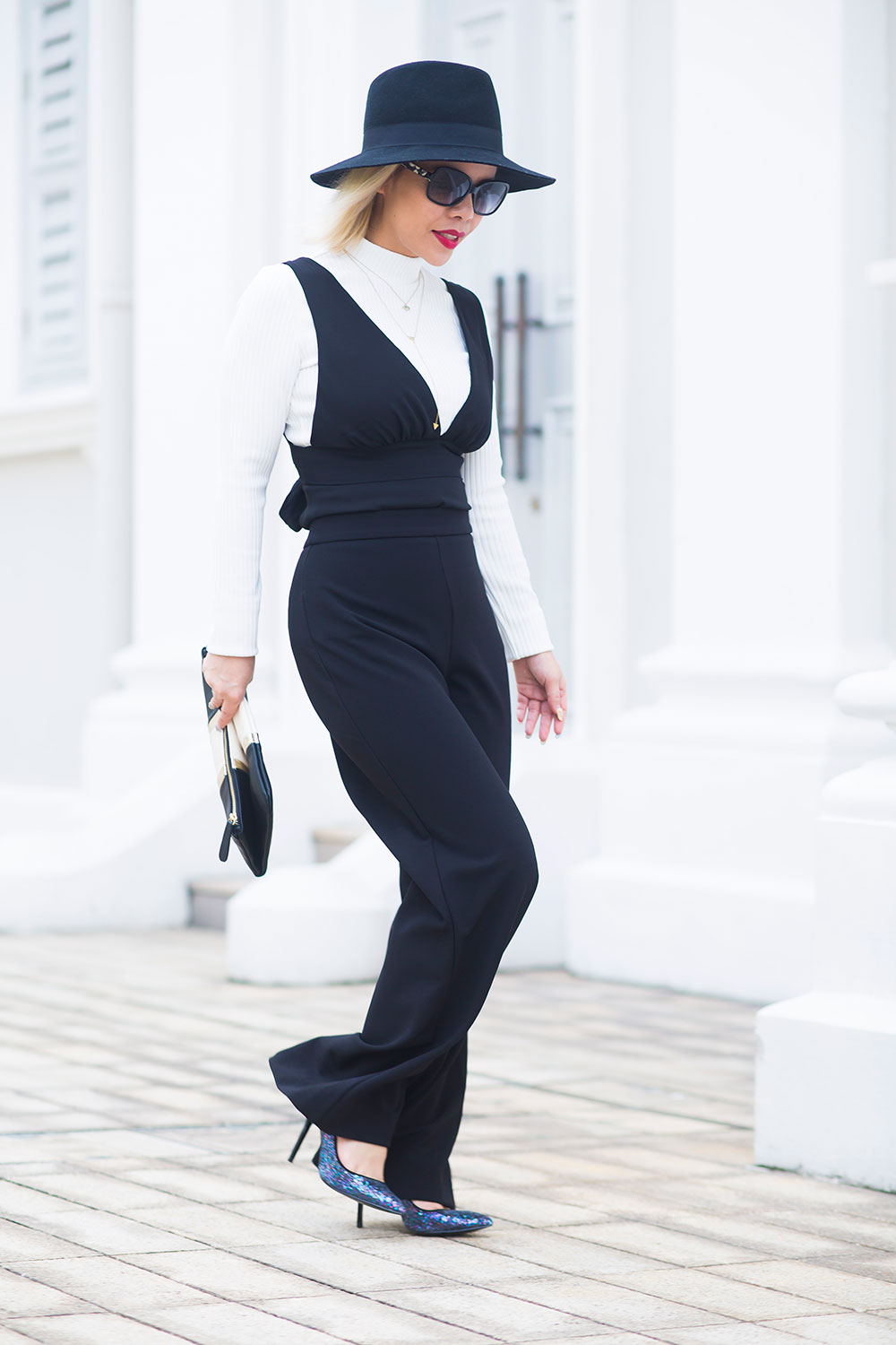 Crystal Phuong- Singapore Fashion Blogger- Social Star Awards- Black and White Outfit