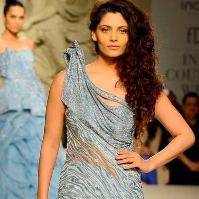 icw-2016-saiyami-kher-makes-runway-debut