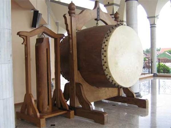 http://3.bp.blogspot.com/-ejEMgaEKaNk/TkPod2PIbwI/AAAAAAAAAT8/N4EDC1X5Qf8/s1600/Bedug+Takbir+Ramadhan.jpg