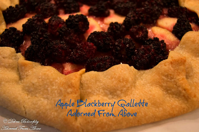Apple Blackberry Galette / Sugar Free or Not Print Recipe  Ingredients:  1 Granny Smith Apple, peeled, cored, and sliced very thin 2 cups blackberries 2 tsp butter melted 1/8 tsp salt 1/4 cup Copycat Gentle Sweet, or stevia, Splenda, Swerve, or Sugar 1 Pillsbury Pie Crust  Directions:  Preheat the oven to 375 degrees.  Lay you pie crust on a piece of parchment on a baking sheet  Put you apples and blackberries in a bowl and add the butter, salt, and sweetener and stir together.  Lay the apples on the pie crust starting at the center in a circular pattern leaving 2 inches from the edge free to fold over the apples and blackberries   Then pour the blackberries over the apples  Next, fold the pie crust over the edge of the apples and blackberries.  Bake for 45 to 55 minutes, until the crust is done and lightly browned.  Let sit for at least 10 minutes before cutting to let the juices firm up  Serves 8  with sugar 7 points without sugar 5 points
