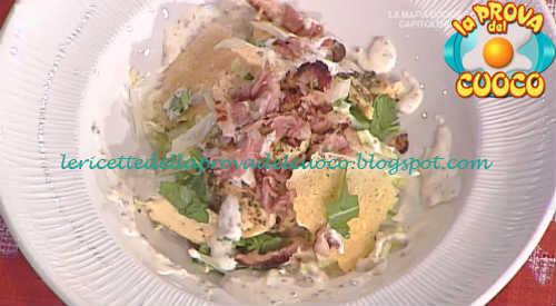 Prova del cuoco - Ingredienti e procedimento della ricetta Insalata di pollo con bacon e salsa allo yogurt ricetta Francesca Marsetti
