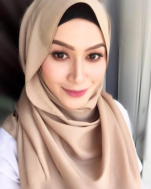 Niena Baharun