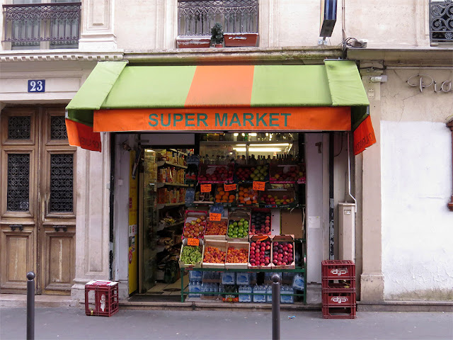 Super market, shop alimentation, rue Victor Massé, Paris
