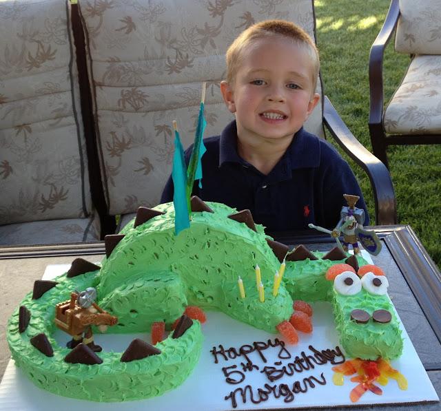 finished birthday cake