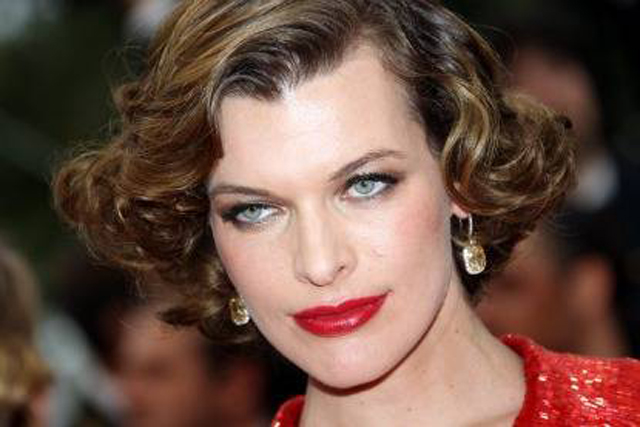 1940s Short Hairstyles: The Hair Style File--Milla Jovovich Always Makes Waves