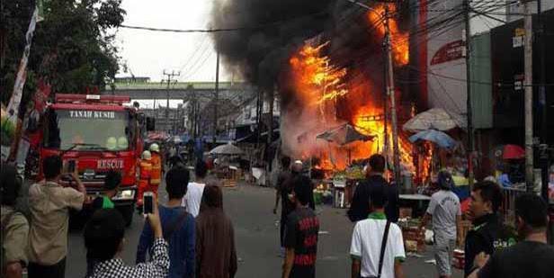 Kronologis Tewasnya Bocah SD pada Kebakaran Pasar Kebayoran Lama