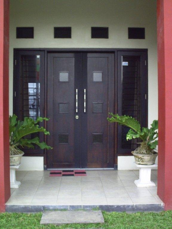 Rumah Kediamanku Tips Pemilihan Jenis Pintu Rumah