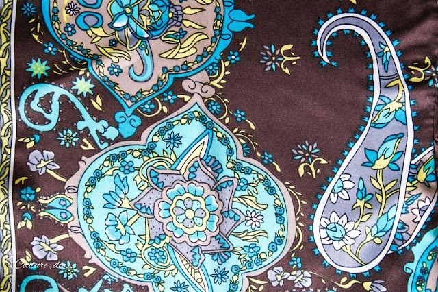 tkanina z motywem paisley