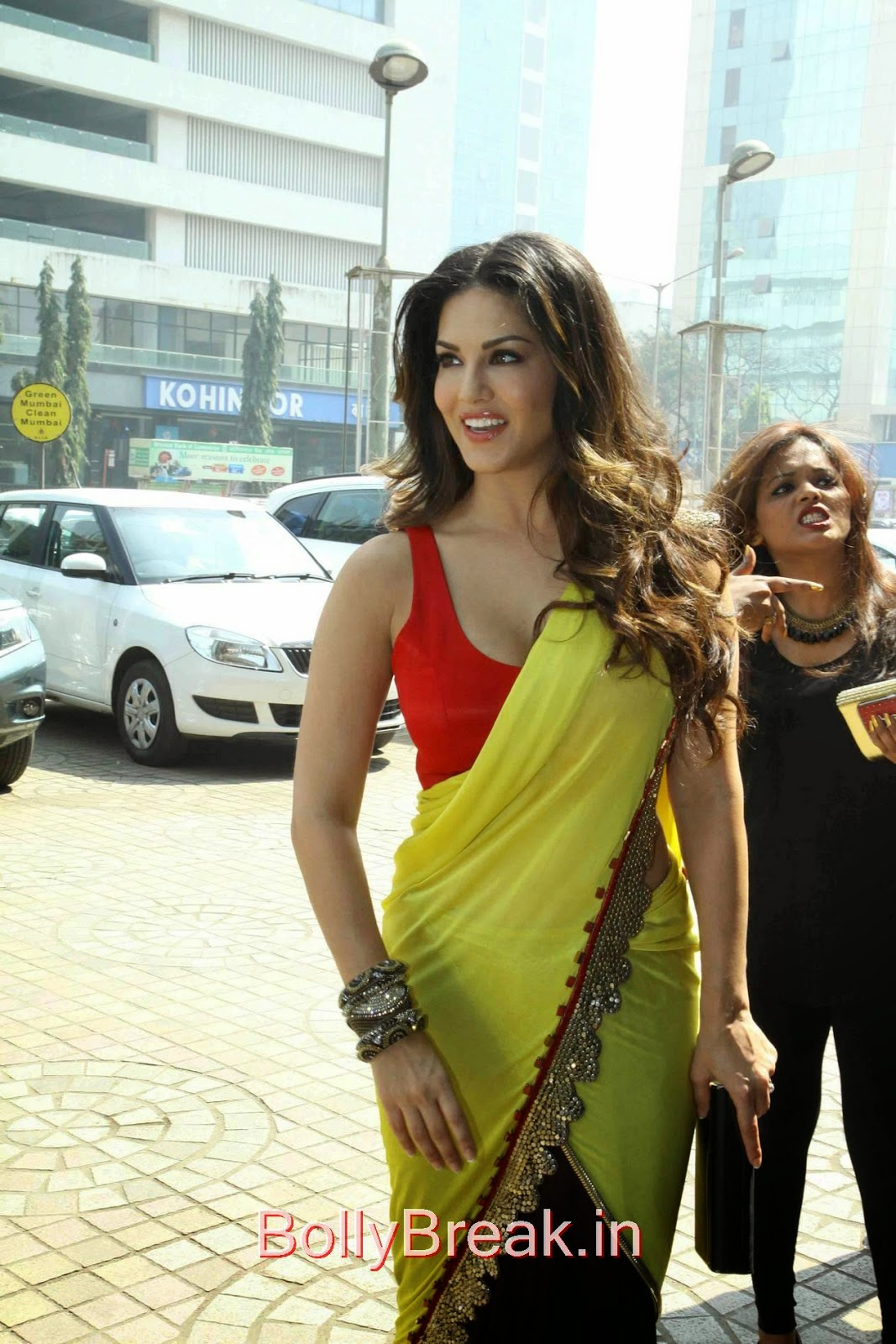 Leela Movie Actress Sunny Leone Hot Pics In Yellow Saree -5019