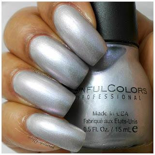 Sinful_Colors_Touch_of_Class_Swatch