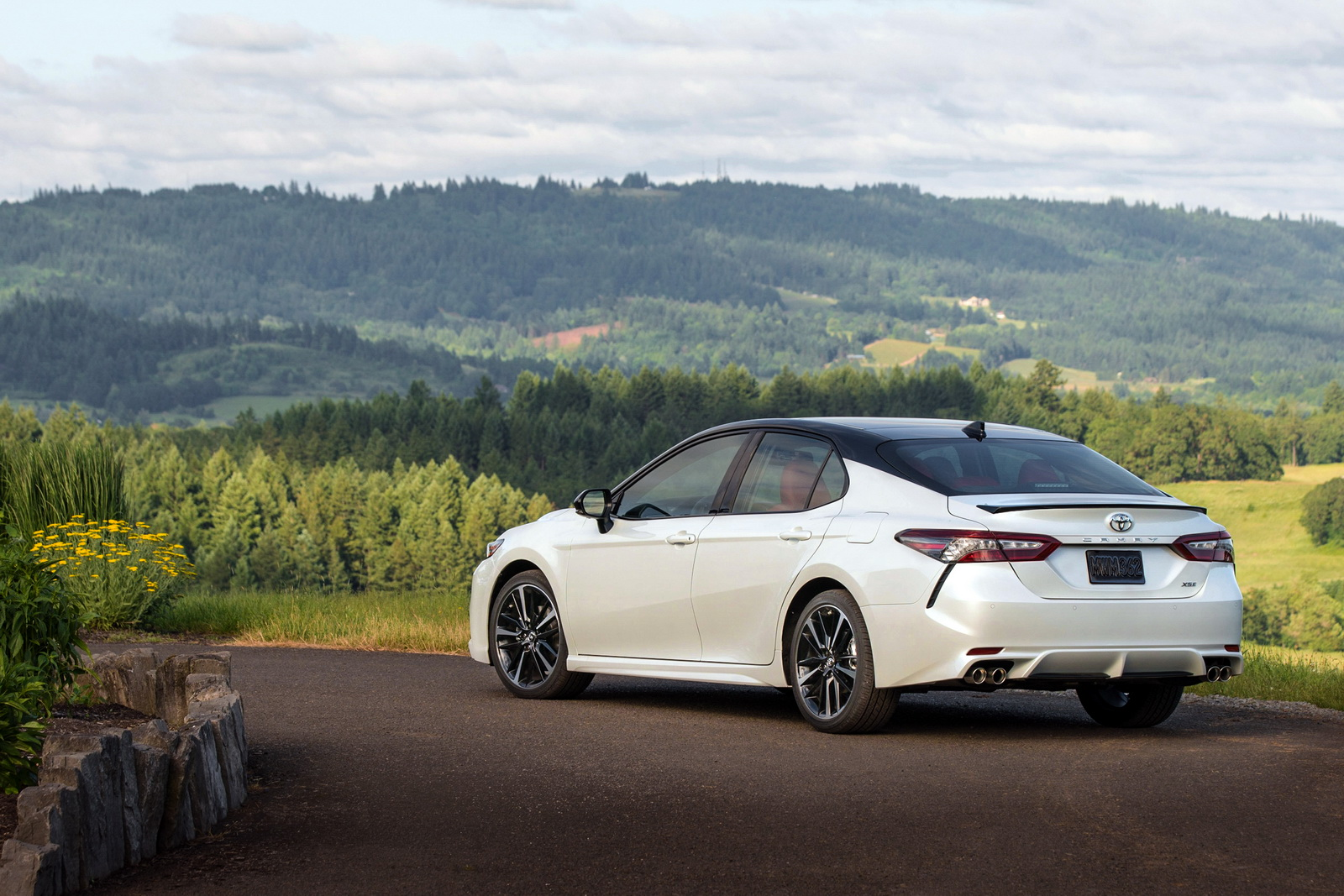 2018 Toyota Camry Detailed Ahead Of Summer Launch 56 Pics