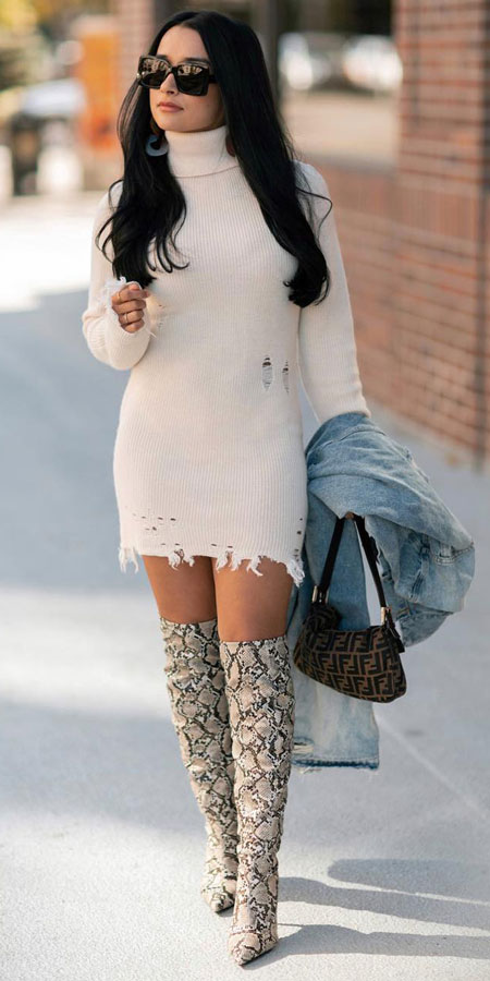 30+ Pretty Winter Outfits To Copy Now!. winter fashion style | winter fashion inspiration | holiday fashion winter | casual winter outfit. #winterstyle #outfits #fashion #style