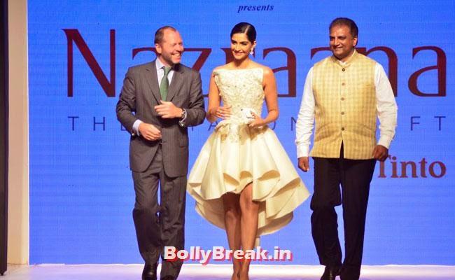 Sonam Kapoor walks on ramp for Rio Tinto's Nazraana. at IIJW 2014, Sonam Kapoor Pics in White Gown Dress at IIJW Fashion Show 2014