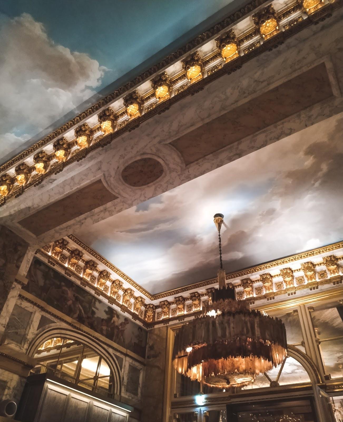 hôtel de Crillon bar les ambassadeurs