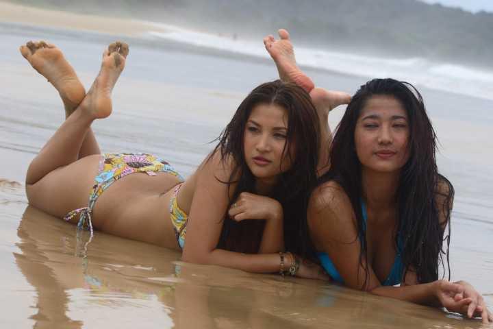 Pengantin Topeng Indonesian Sexy Bikini Horor Movie -5615
