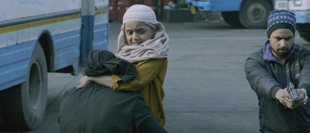 Madaari 2016 Hindi Full Movie 300MB and 700MB Download