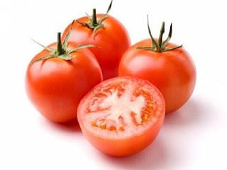 Cara merawat kuku dengan tomat