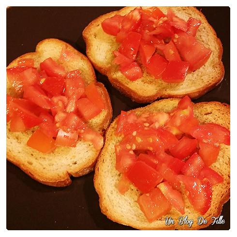 http://unblogdefille.blogspot.com/2015/11/recette-brushetta-tomates.html