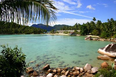 Daftar Wisata Bawah Laut dan Pantai Terbaik di Indonesia