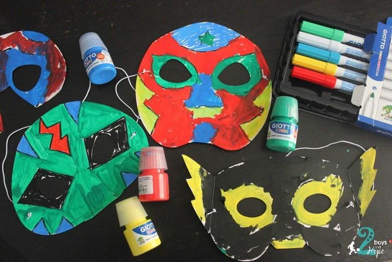 Φτιάχνοντας απίθανες μάσκες με σούπερ ήρωες με Giotto!
