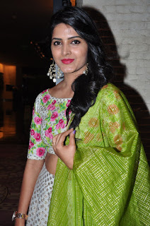 Pavani Ganireddy spicy Cute Beauty at Right Rioght Movie Event